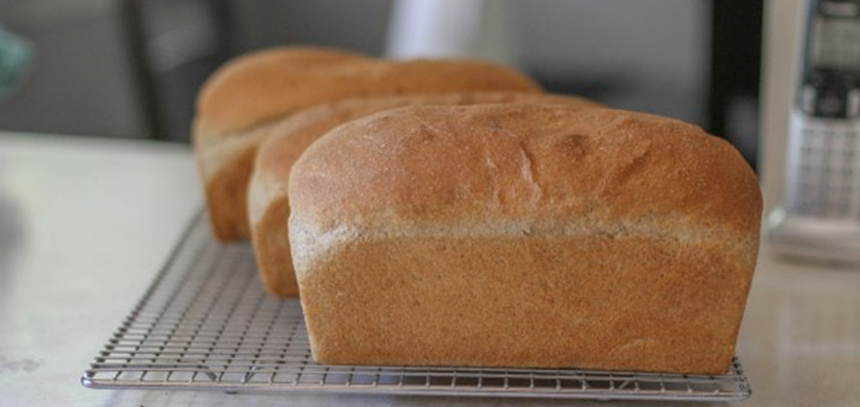 Is It Cheaper to Make Your Own Bread With a Bread Maker?